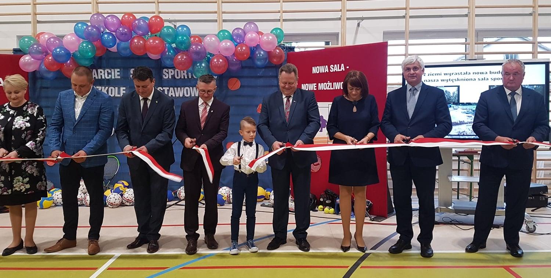 Uroczystość otwarcia sali gimnastycznej w Nowej Wsi